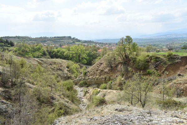 niz-planinarskite-pateki-na-skopska-crna-gora-6902FE7A5-8389-A986-C2F2-BB927A72427C.jpg